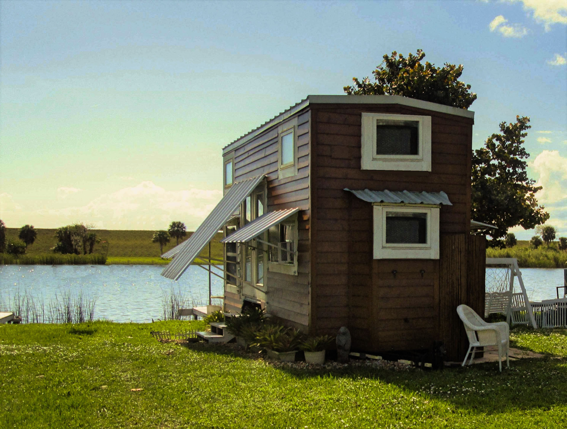 DIY Tiny House at a lakeside site